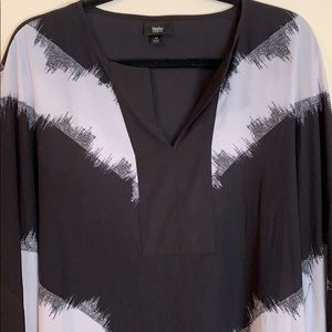 Black and white flowy Blouse